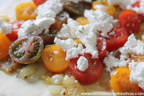 Tarta de tomate y queso de cabra. www.cocinandoentreolivos (11)