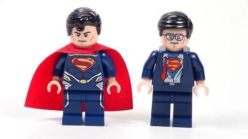 Clark Kent Minifigure from Lego Batman: The Movie DC Superheroes Unite DVD