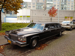 automobile, automotive exterior, vehicle, cadillac fleetwood brougham, cadillac brougham, full-size car, antique car, sedan, land vehicle, luxury vehicle,