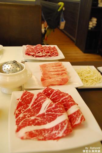 肉的種類也蠻多