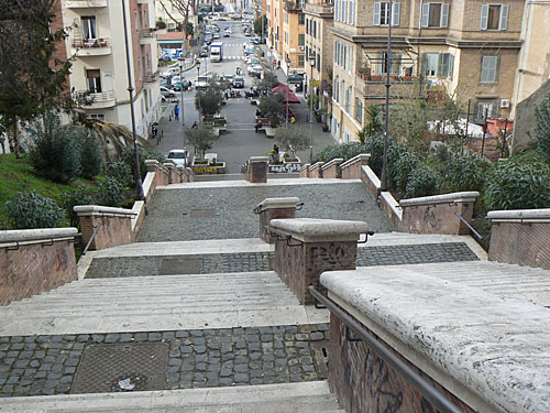 escaliers vatican.jpg