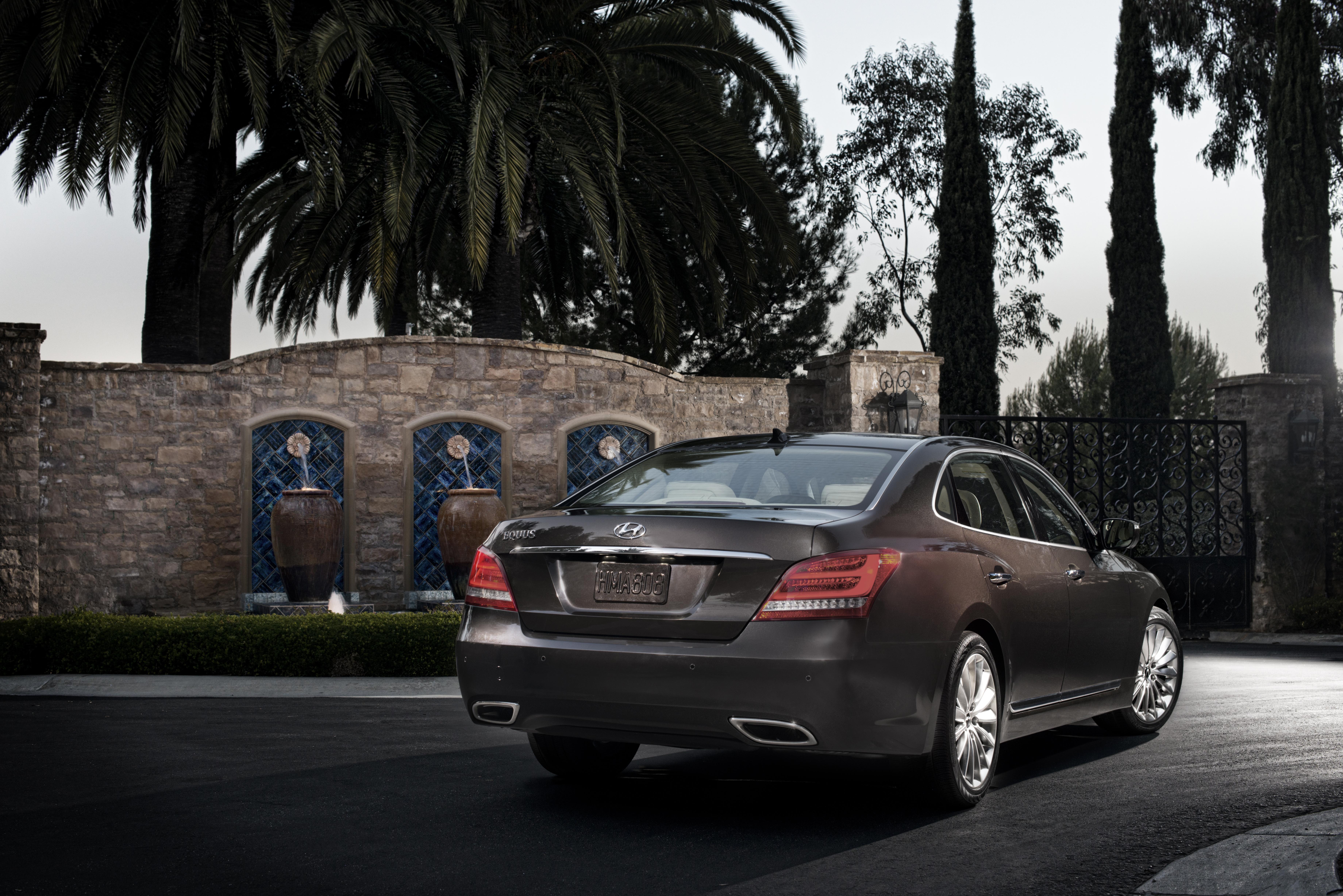 2008 - [Hyundai] i70 / i90 / Equus - Page 4 8595341185_672d51a28f_o