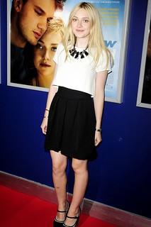 Dakota Fanning Monochrome Trend Celebrity Style Women's Fashion