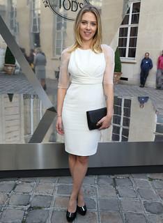 Scarlett Johansson Monochrome Trend Celebrity Style Women's Fashion