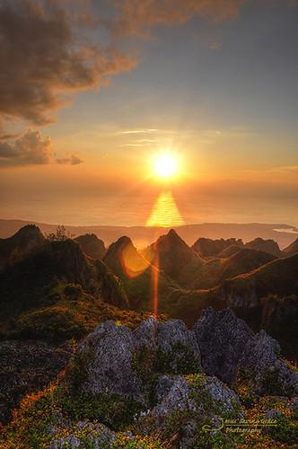 philippines hills cebu dalaguete tanonstrait nikond90 centralvisayas osmenapeak neardumaguete mantalungun 4hoursfromdumaguete