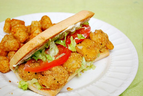 What's Cookin, Chicago?: Shrimp Po' Boy Sandwiches