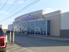 Toys R Us Babies R Us In Parma Ohio They Seem To Be