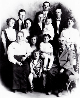 the Mowder family approx. 1914