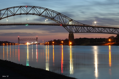 longexposure sunset reflection canon reflections lights canal capecod massachusetts cape lighttrails cod capecodcanal bournebridge reflectionsinwater canont1i capecodrailroadbridge