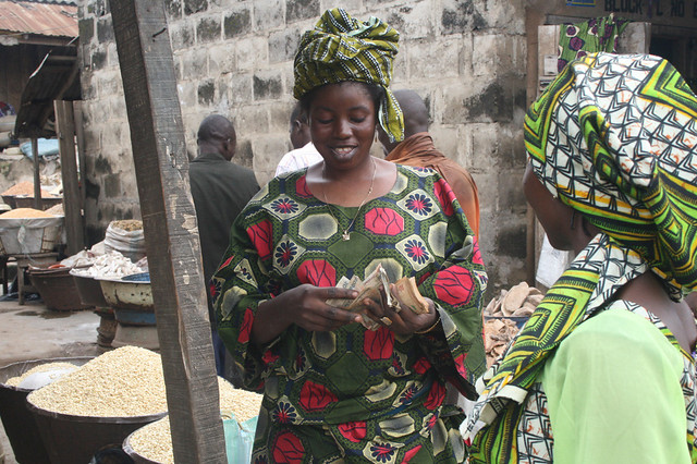 Women buying and selling cowpea at Bodija market | Flickr ...