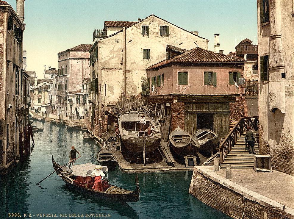 Rio della Botisella, Venice, Italy
