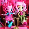 It's party time #mylittlepony #equestriagirls #pinkypie #fluttershy