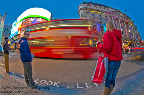 London Lively Color by david gutierrez [ www.davidgutierrez.co.uk ]
