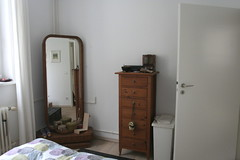 bedroom_mirror