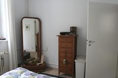 bedroom_mirror