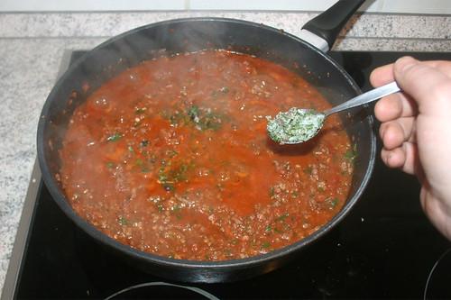 51 - Aufkochen und Kräuter einstreuen / Boil up and add herbs