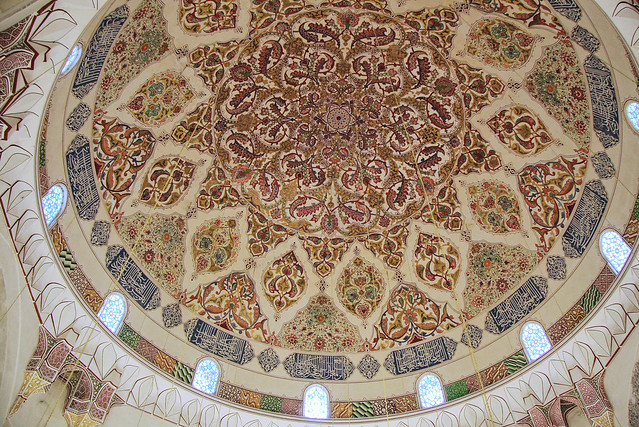Dome painting of Üç Şerefeli Mosque, Edirne, Turkey エディルネ、ユチュ・シェレフェリ・モスクのドーム天井画