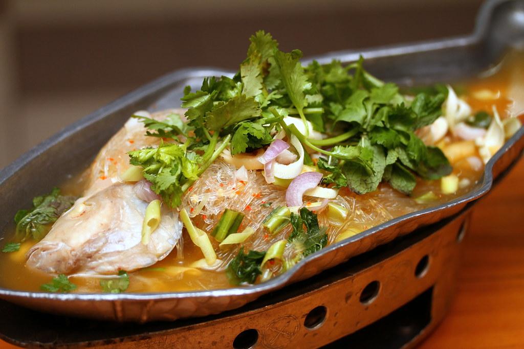 Ah Loy Thai Restaurant: Thai Lemongrass Steamed Fish