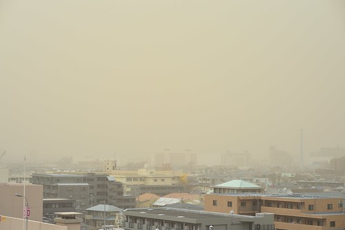 The sky turned yellow: Sandstorms