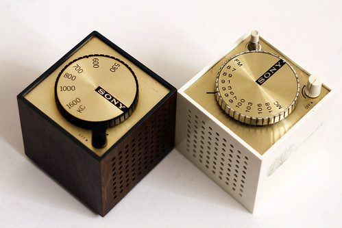 Sony Cube TR-1819 & TFM-1837W