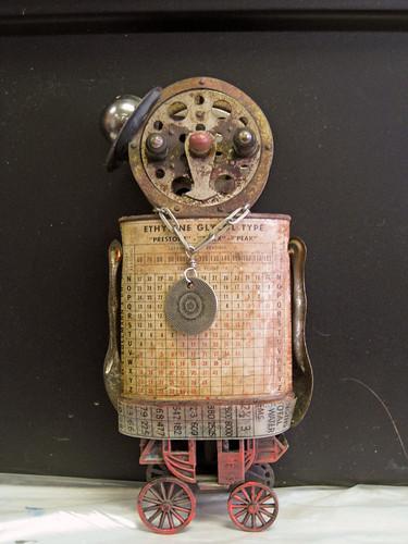 Leslie robot