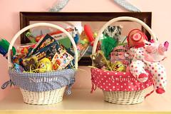 gift, food, gift basket, basket,