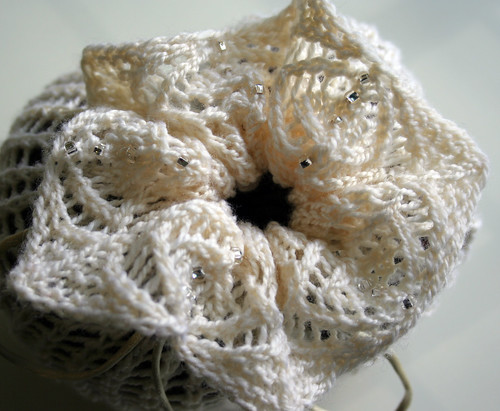 pretty awesome yarn pouch lace top
