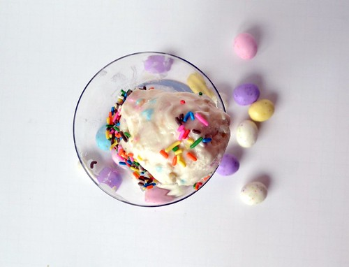 easter cream cheese ice cream