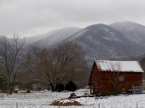 trees winter snow mountains barn rural nc country barns redbarn barnardsville 2013 mystuart hawbranch