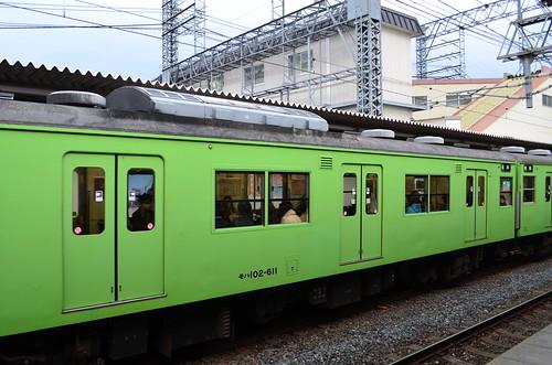 京都の電車はカエル色 JR