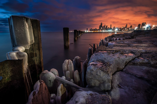 lake chicago cold tower ice beach water skyline sunrise dawn illinois nikon rocks long exposure downtown decay michigan sears freezing sigma pilings hancock 1020mm trump fullerton willis d90