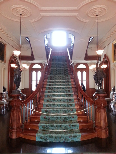Koa staircase of Iolani Palace by ** Gudenius **