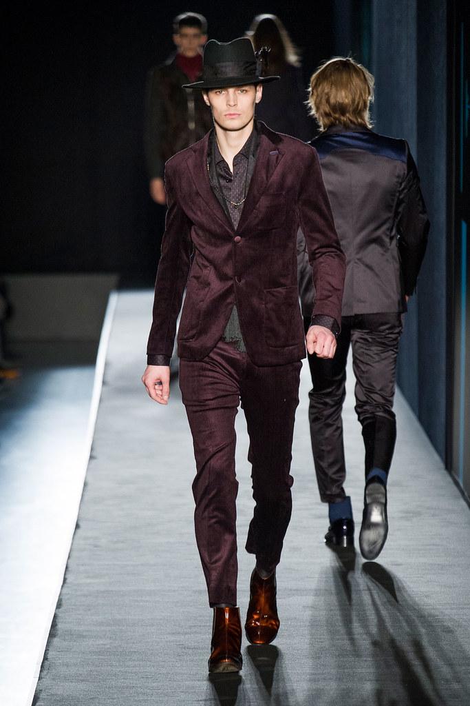 Adrian Wlodarski3316_FW13 Milan Diesel Black Gold(fashionising.com)