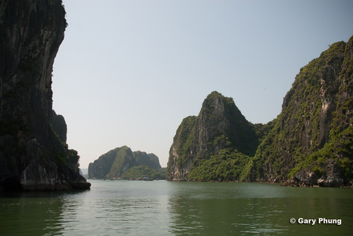 asian bay asia southeastasia landmarks tourist vietnam views vacations halongbay wondersoftheworld