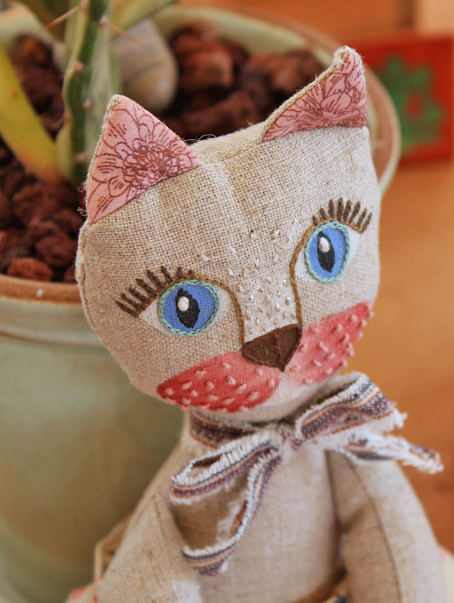 Embroidered Kitty
