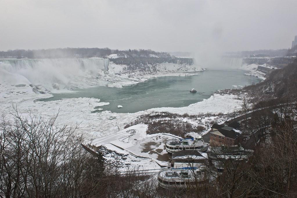 Niagara Falls - 2013-02-24 at 07-01-48