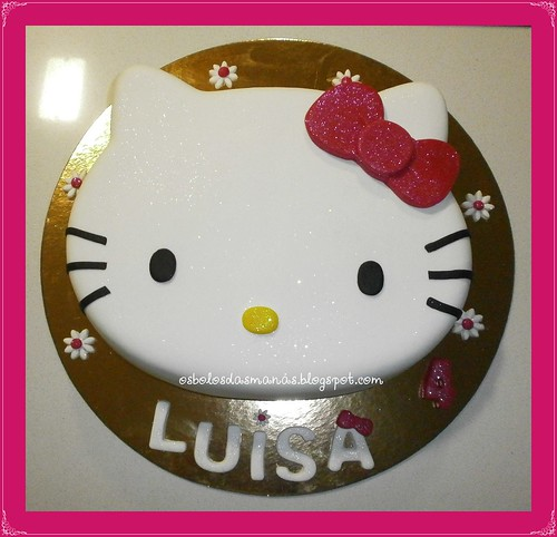 Bolo Hello Kitty Laço rosa 11 by Osbolosdasmanas