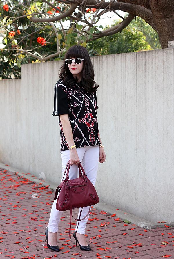 balenciaga bag, sandro top, aldo pumps, ray ban sunglasses, אפונה בלוג אופנה, בלוג אופנה, תיק בלנסיאגה, רייבאן