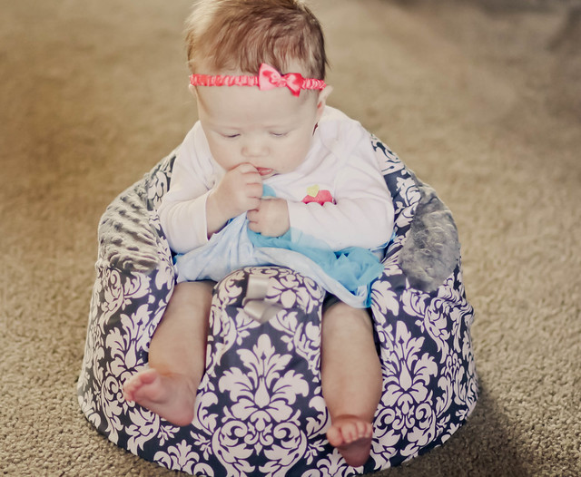 The Bumbo Seat Review - pretty cover