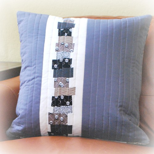Pillow for Genia - back