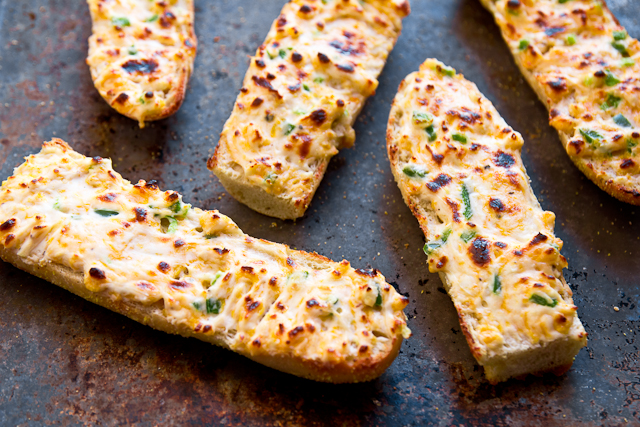 Jalapeno Cheddar Cheesy Bread