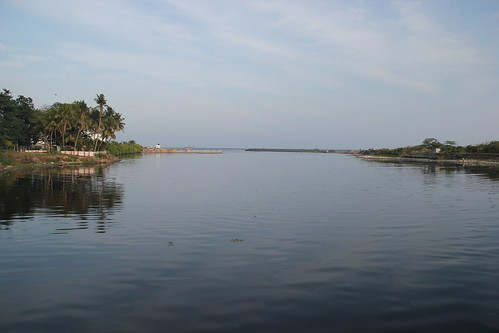 River Cooum as it flowsinto the Bay of Bengal