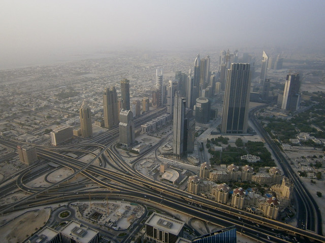 Echangeur et buildings le long de la Sheikh Zayed Road