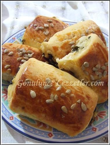 ıspanaklı börek 1