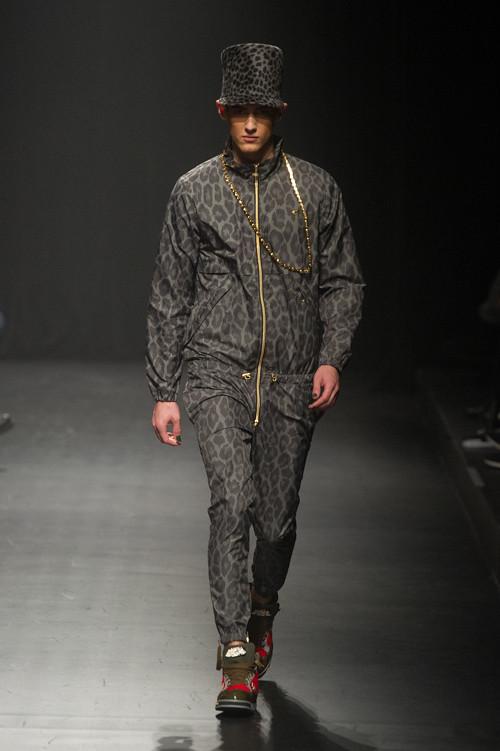 Robin Barnet3067_FW13 Tokyo DRESSCAMP(Fashion Press)