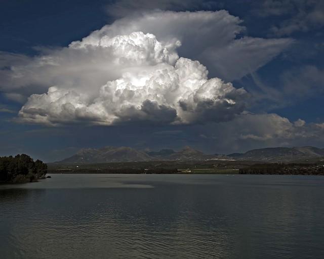 Siempre hay una nube en el horizonte -EXPLORED #5