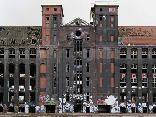 Hannover - Abandoned rubber factory by .patrick.