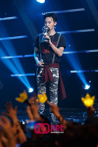 BIGBANG MCountdown 2015-05-14 official 055