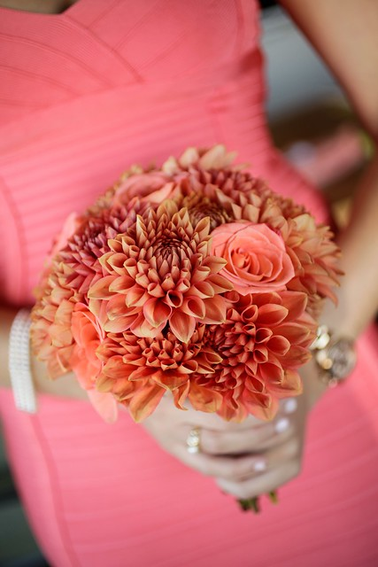 Oranges, corals, and golds set the tone for the evening.