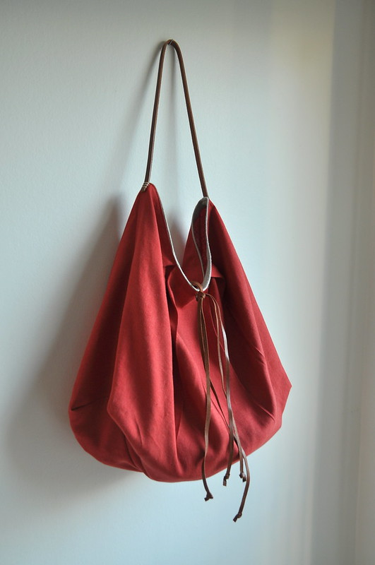 Color me red - Large tote